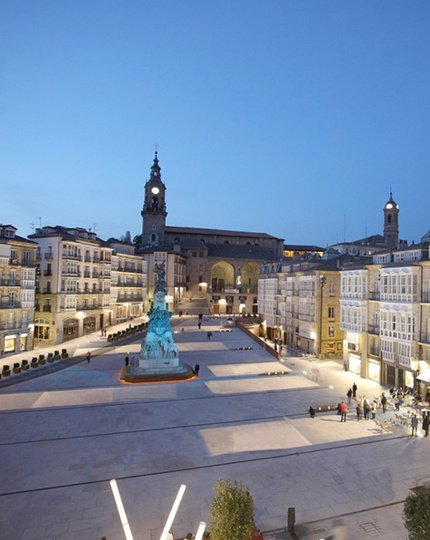 Discover Vitoria Take a walk through medieval history. Unwind in ...